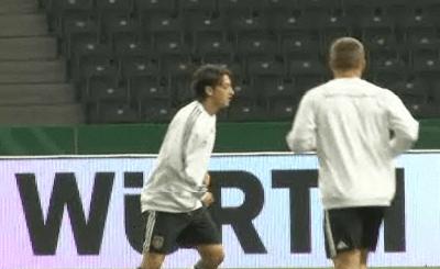 Тренировка немецкой сборной. Кадр N24
