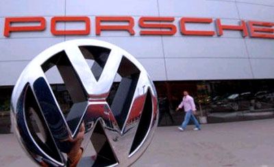 VW и Porsche. Фото с сайта autonews.ru