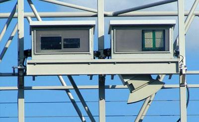 Устройство автоматического контроля дорожной пошлины. Изображение с сайта wikipedia.org. Автор Stefan Kühn
