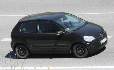 Тесты электрокара VW Polo. Фото с сайта autoexpress.com