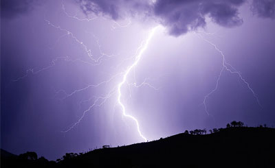 Молния. Фото с сайта wikipedia.org Автор Fir0002