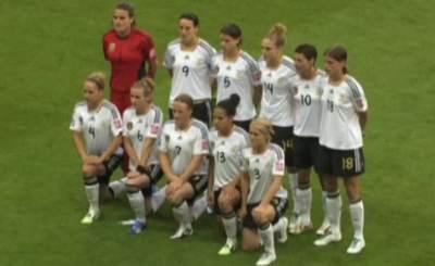 Немецкие футболистки одержали две победы в двух матчах. Телекадр FIFA.com
