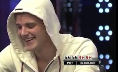 Пий Хайнц - победитель главного события WSOP 2011. Скриншот Youtube. Видео пользователя tomjamo72