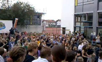 Гимназия в Графинге. Скриншот Youtube