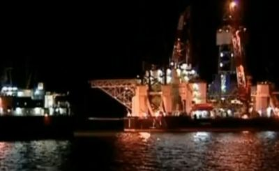 Авария на нефтедобывающей платформе в России. Скриншот Youtube