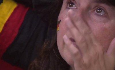 Болельщики сборной Германии не сдерживали эмоций. Кадр телеканала Спорт1