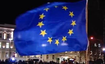 Видеокадр пользователя euronews, YouTube