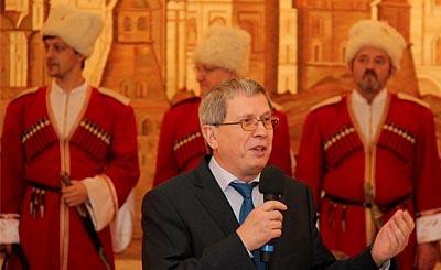 Генеральный консул РФ Евгений Шмагин