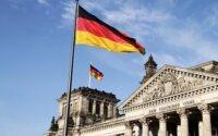 Большинство жителей Германии считает политические партии далёкими от реальности