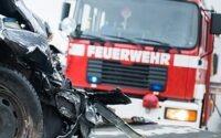 На автомагистрали возле Ольденбурга перевернулся микроавтобус со школьниками
