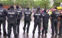 Октоберфест 2016: полиция ищет 15-летнего героя, спасшего девушку
