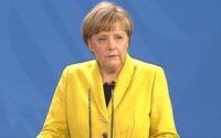 В Германии напечатали «энциклопедию Меркель»