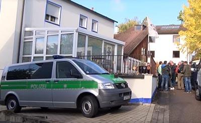 Видеокадр пользователя N24 netzreporterin - Antje Lorenz, YouTube