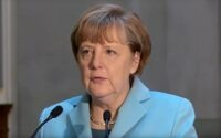 Меркель напомнила о ценностях