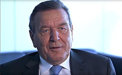 Gerhard Schröder. Видеокадр пользователя PremiumTVHD, YouTube
